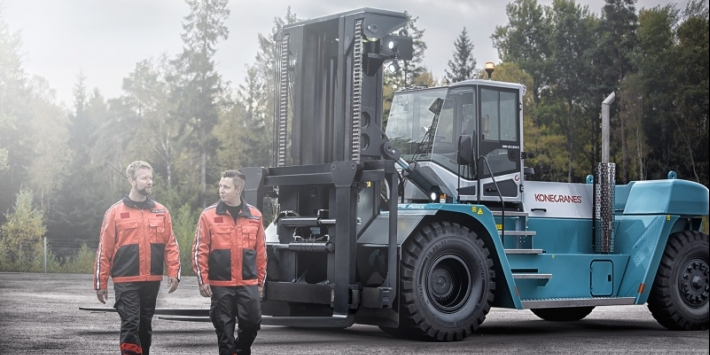HEAVY HANDLING - Forklifts 10 - 65 ton